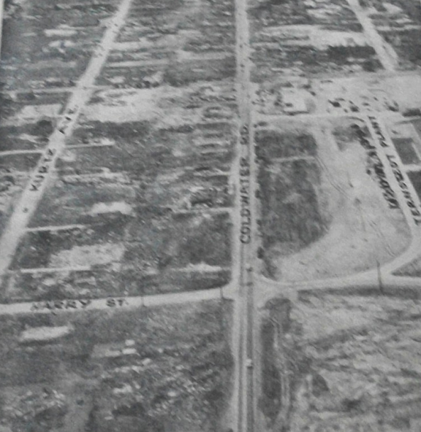 The Hedger and Parr homes were swept away near top left, along the right side of Kurtz Avenue.